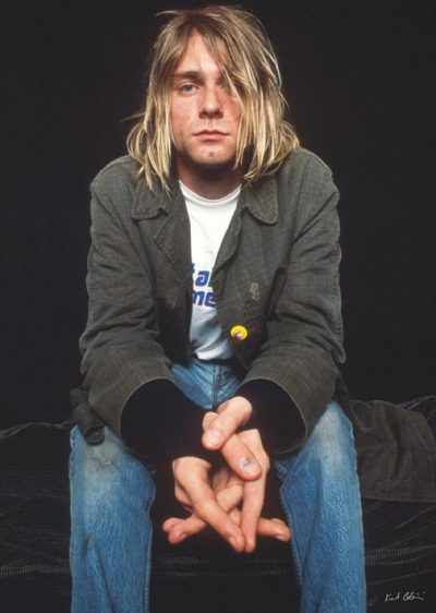 Kurt Kobain - Nirvana - Sitting
