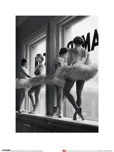 Time Life - Ballerinas in Window