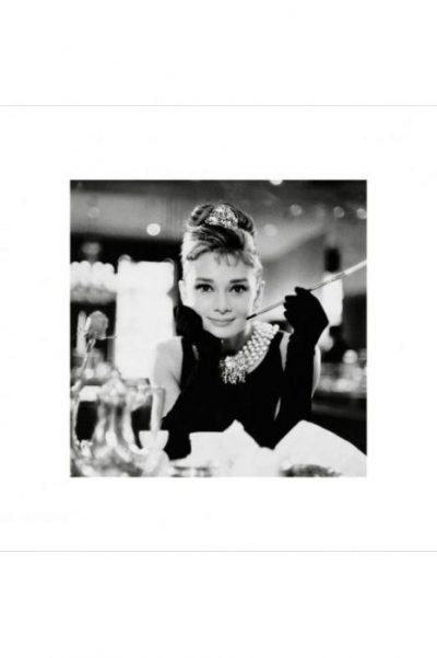 Audrey Hepburn - B&W Breakfast at Tiffanys