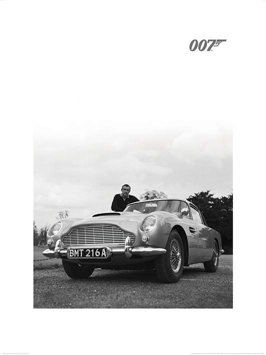 James Bond (Connery B+W)