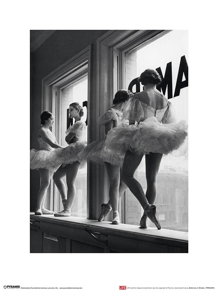 Time Life - Ballerinas in Window
