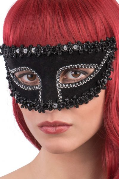 Ansiktsmask - Mask with black fabric and trimmings