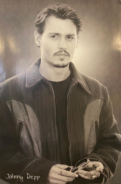 Johnny Depp - Glasses